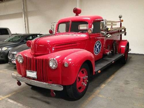 1945 Ford Seagrave Fire Truck For Sale (picture 2 of 6)