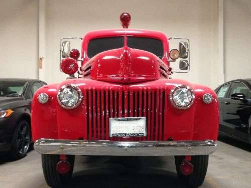 1945 Ford Seagrave Fire Truck For Sale (picture 3 of 6)
