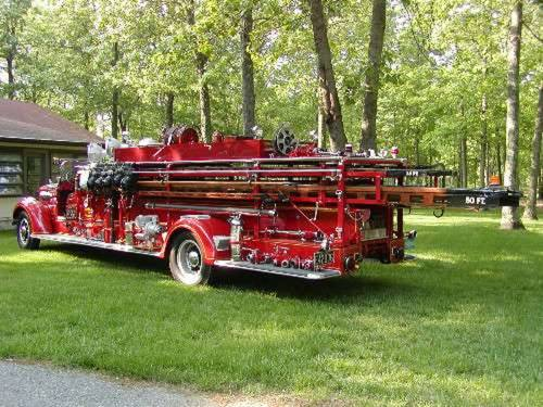 1938 Mack Ladder Fire Truck For Sale (picture 4 of 5)
