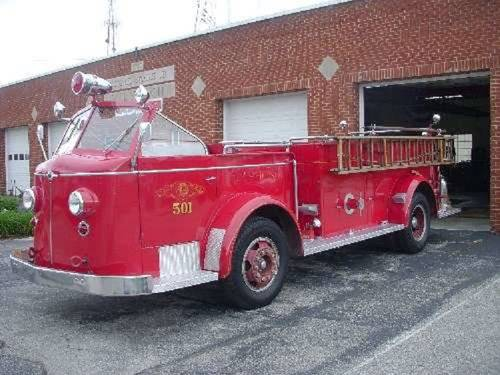 1951 American LaFrance Fire 700 Truck For Sale (picture 1 of 6)