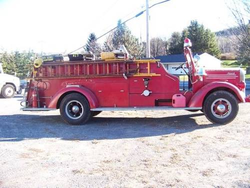 1941 Mack L Fire Truck For Sale (picture 2 of 2)