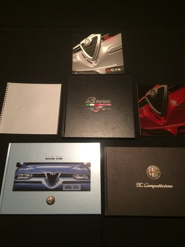 Alfa Romeo Brochures/Magazines Collection. For Sale (picture 5 of 5)