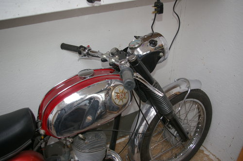1968 bsa bantam sports SOLD (picture 3 of 5)