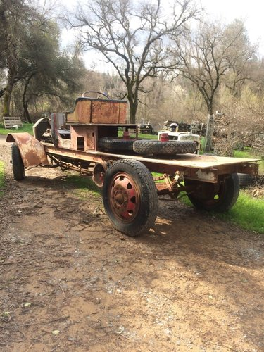 Excellent CHAIN DRIVE TRUCK FROM 1918 FOR A SPEEDS For Sale (picture 2 of 2)