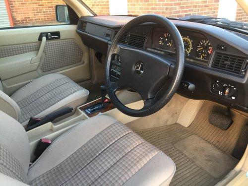 1992 Mercedes 190E 1.8 Auto For Sale (picture 4 of 6)