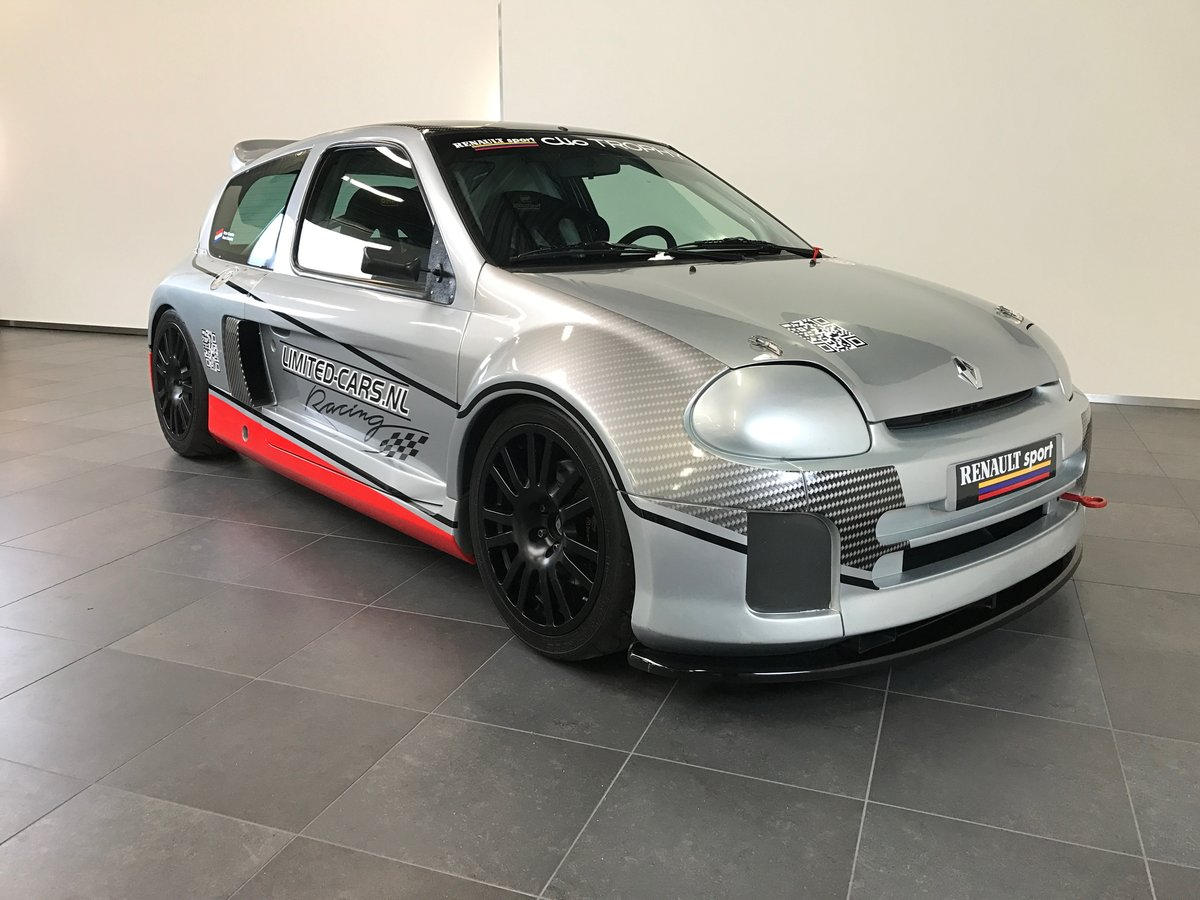 1999 Renault Clio V6 Trophy (Race car) LHD For Sale (picture 1 of 6)
