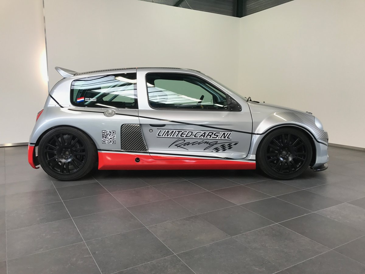 1999 Renault Clio V6 Trophy (Race car) LHD For Sale (picture 2 of 6)