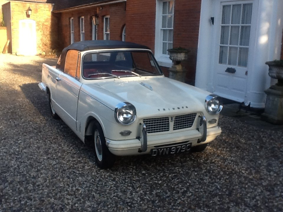 1965 Triumph Herald 1200 convertible rust free For Sale (picture 1 of 6)