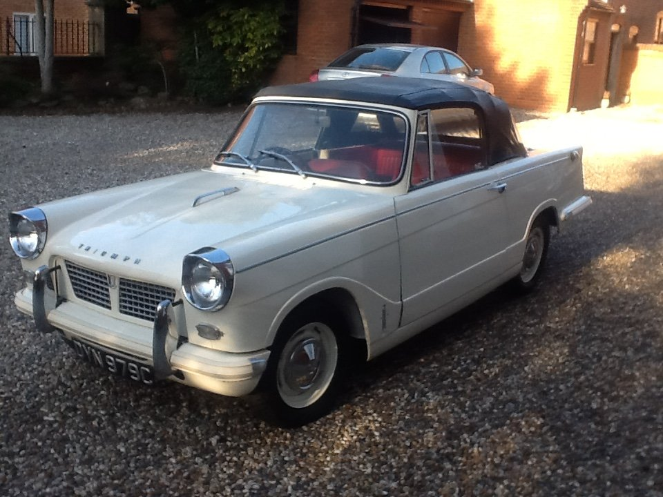 1965 Triumph Herald 1200 convertible rust free For Sale (picture 2 of 6)