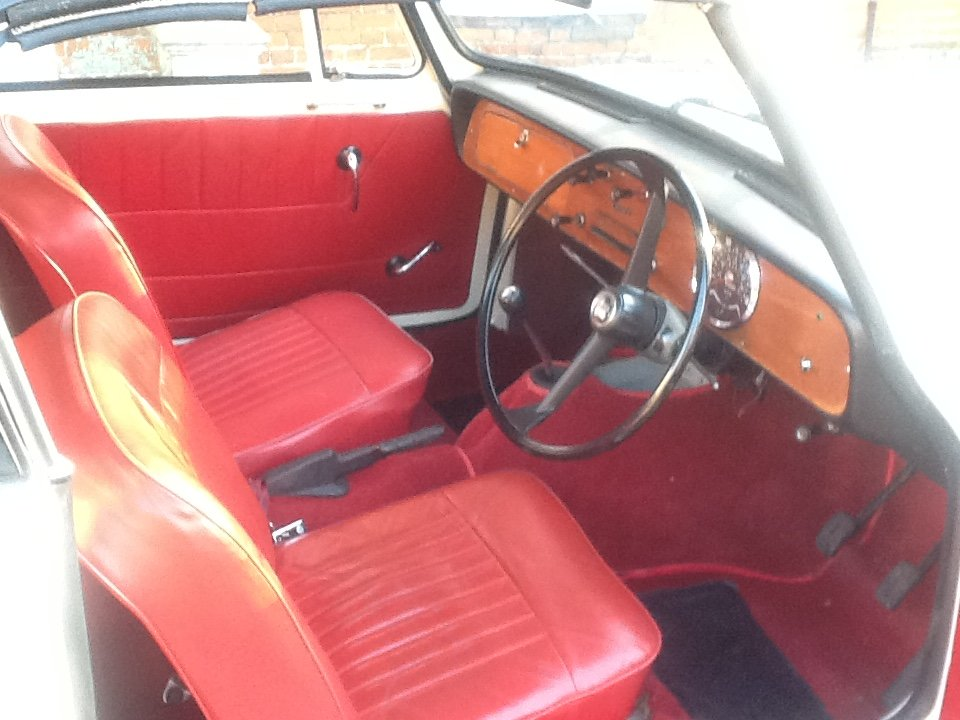 1965 Triumph Herald 1200 convertible rust free For Sale (picture 3 of 6)
