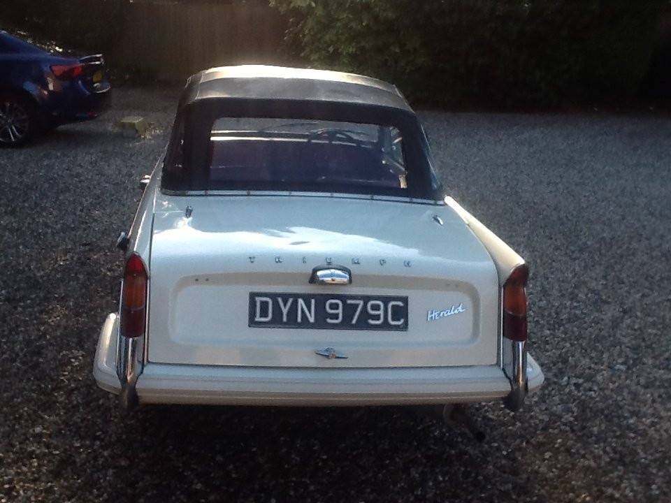 1965 Triumph Herald 1200 convertible rust free For Sale (picture 6 of 6)