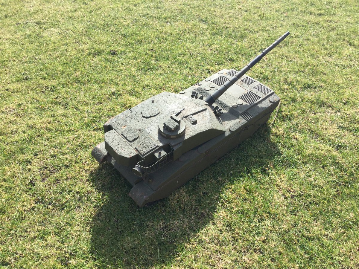 1988 Army recruitment office model challenger tank For Sale (picture 5 of 5)