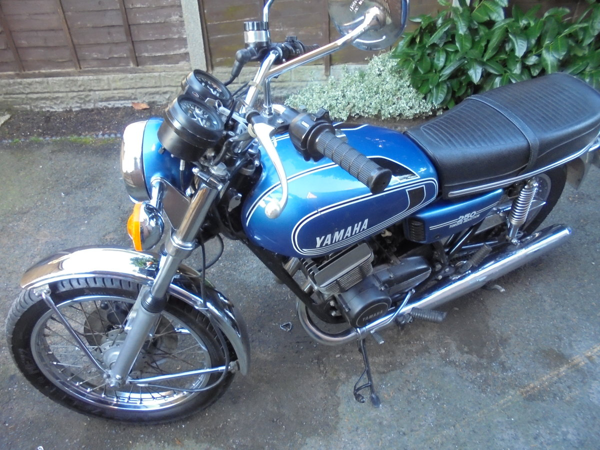 YAMAHA RD250 B 1976 IMMACULATE THROUGHOUT For Sale (picture 2 of 2)