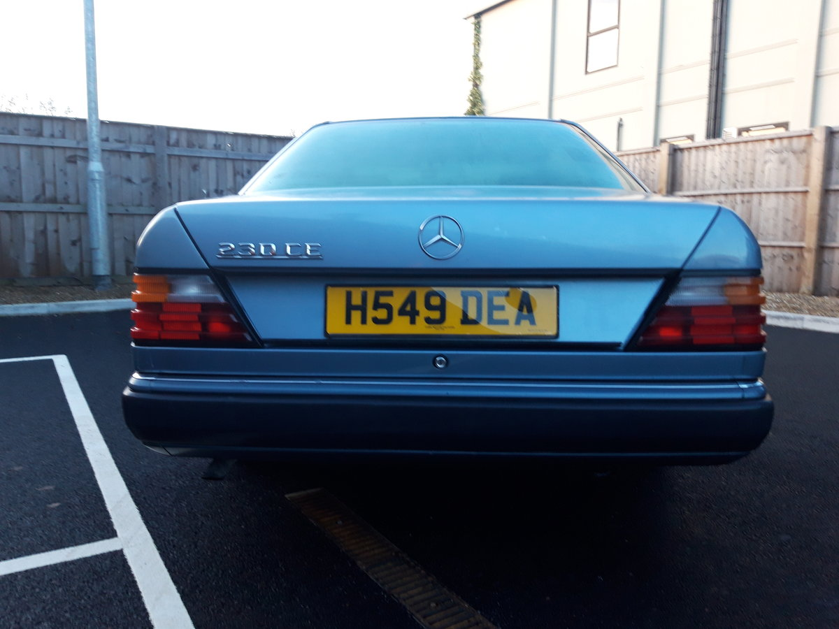 1991 Mercedes 230 CE pillarless coupe, lovely car For Sale (picture 3 of 6)
