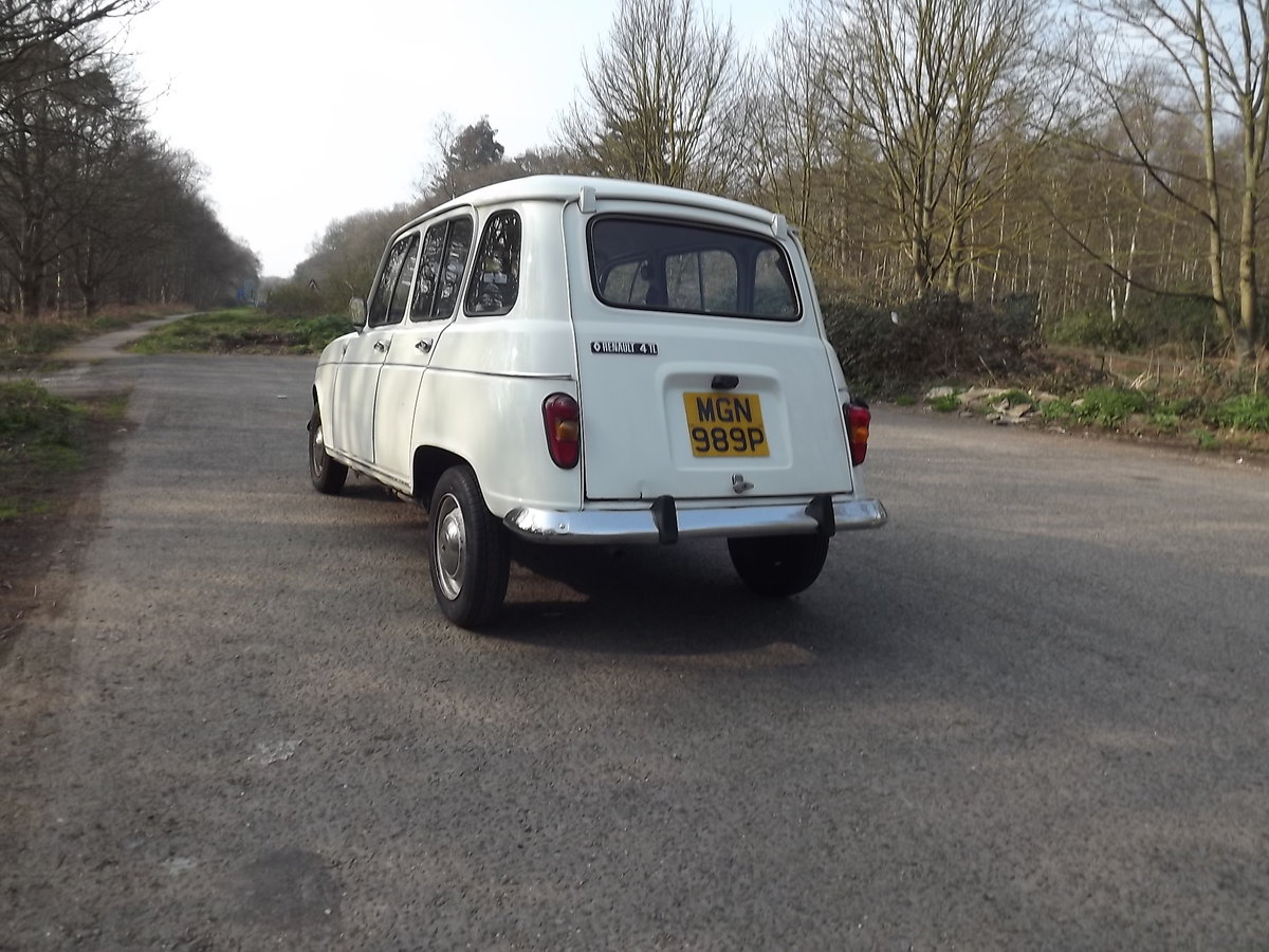 Renault 4TL 1976 RHD SOLD (picture 3 of 5)