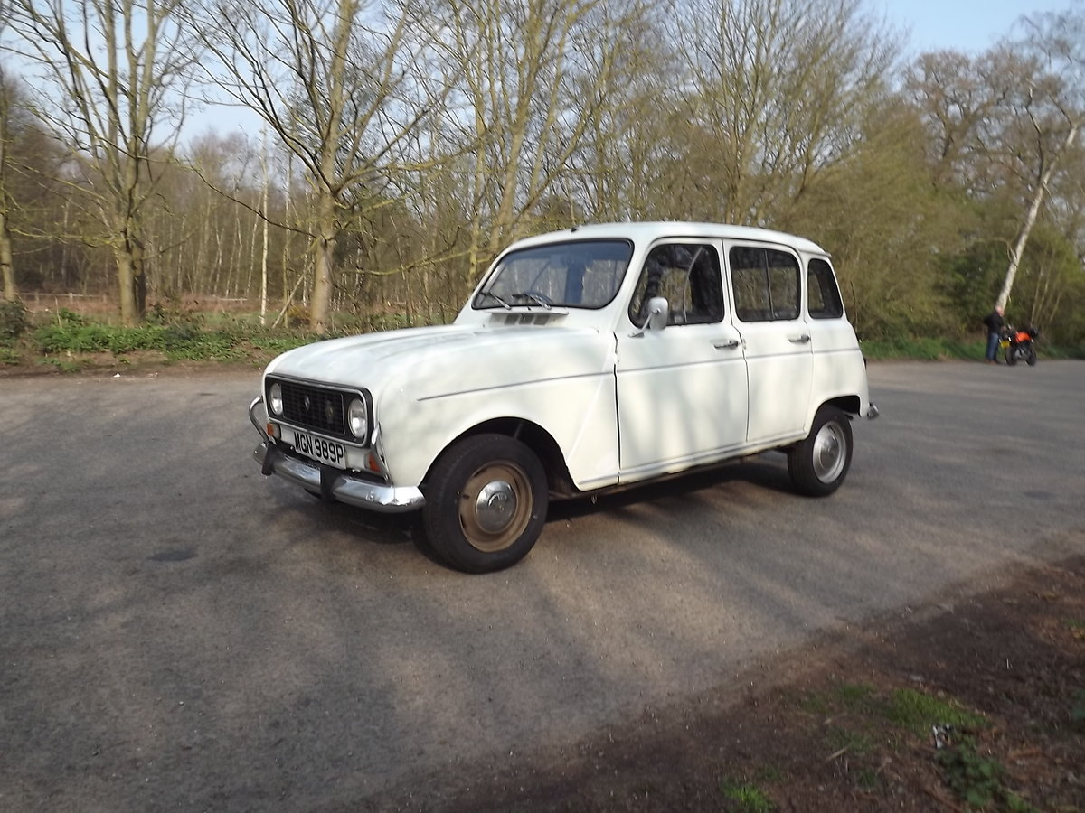 Renault 4TL 1976 RHD SOLD (picture 4 of 5)