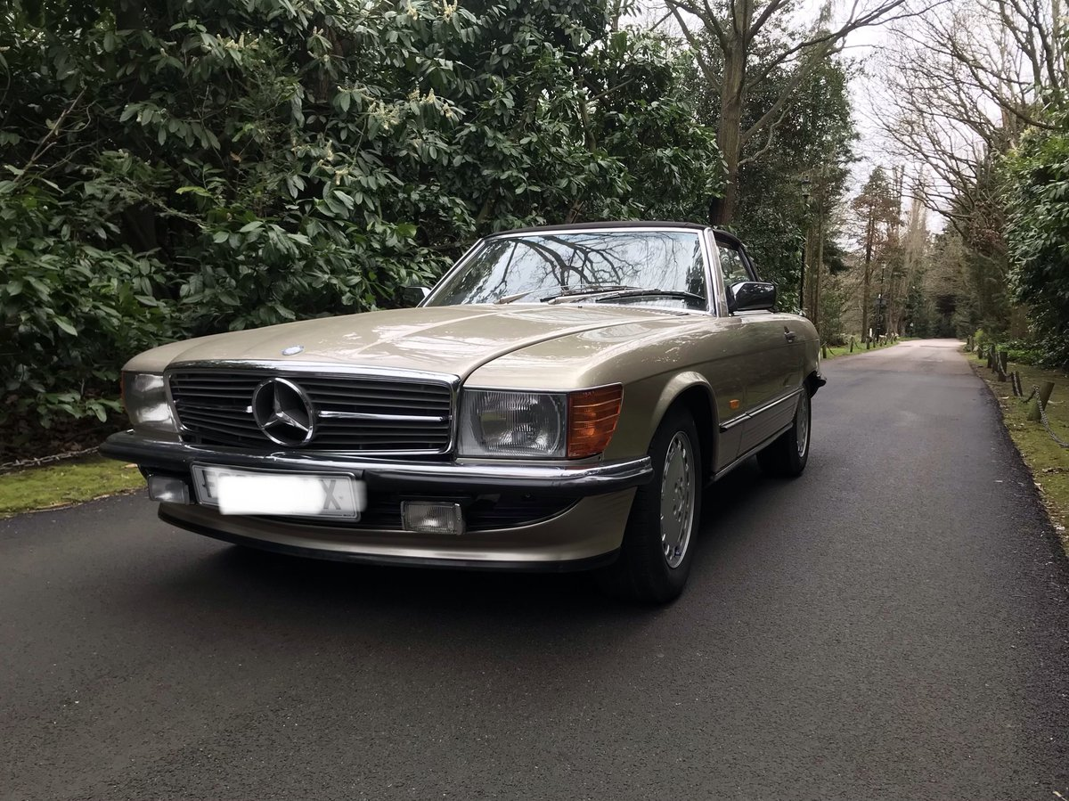 Mercedes 300sl 1988 fantastic condition For Sale (picture 1 of 6)