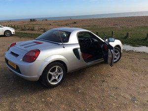 2002 MR2 Mk3 with hard top and red leather For Sale