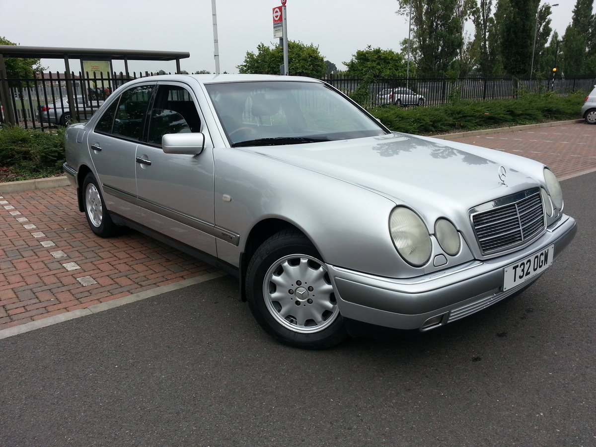 1999 MERCEDES E240 ELEGANCE ONLY 38,600 MILES For Sale (picture 2 of 6)