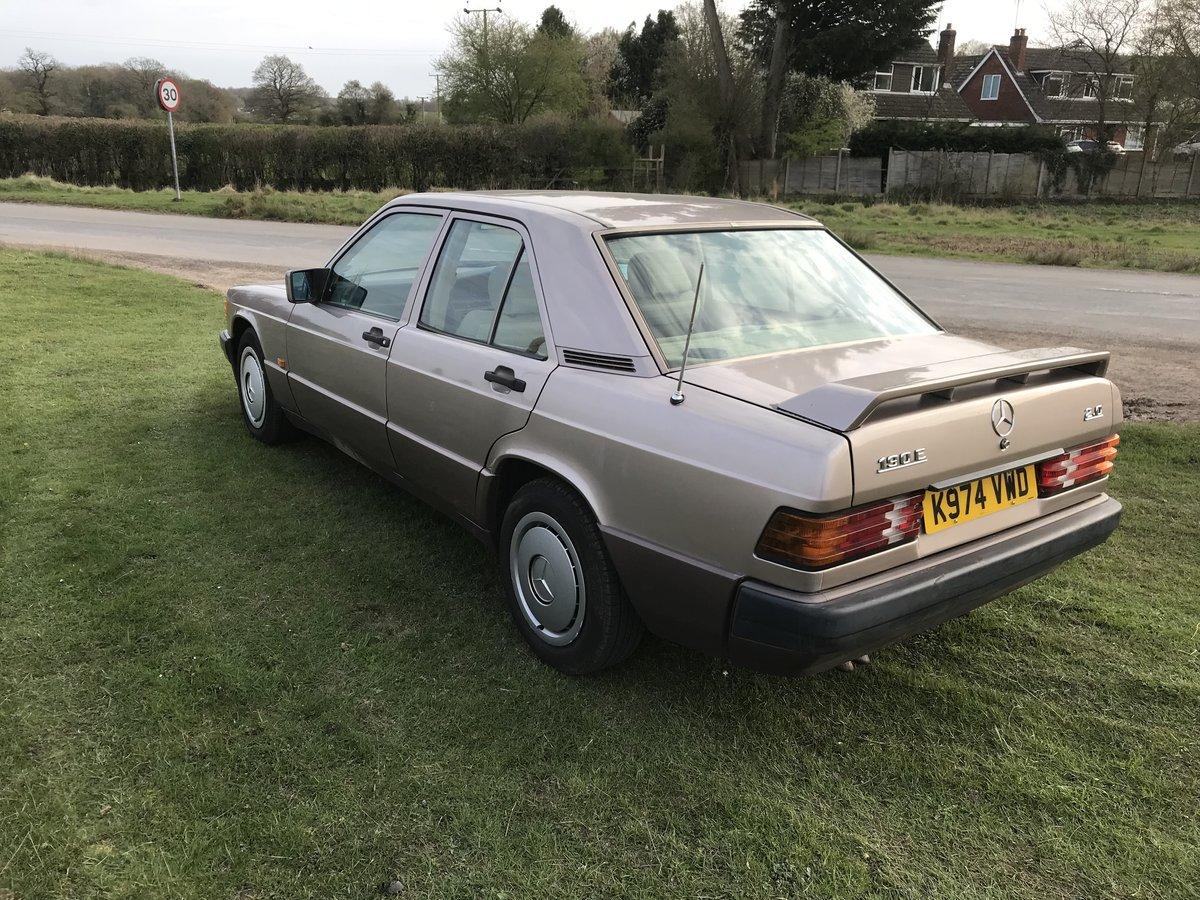 1993 Mercedes 190e auto SOLD (picture 3 of 6)