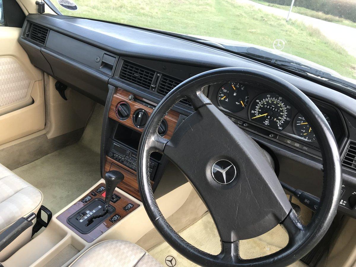 1993 Mercedes 190e auto SOLD (picture 5 of 6)