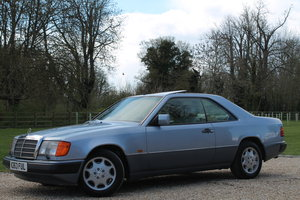 1993 Remarkable Condition Throughout E320 CE Coupe For Sale