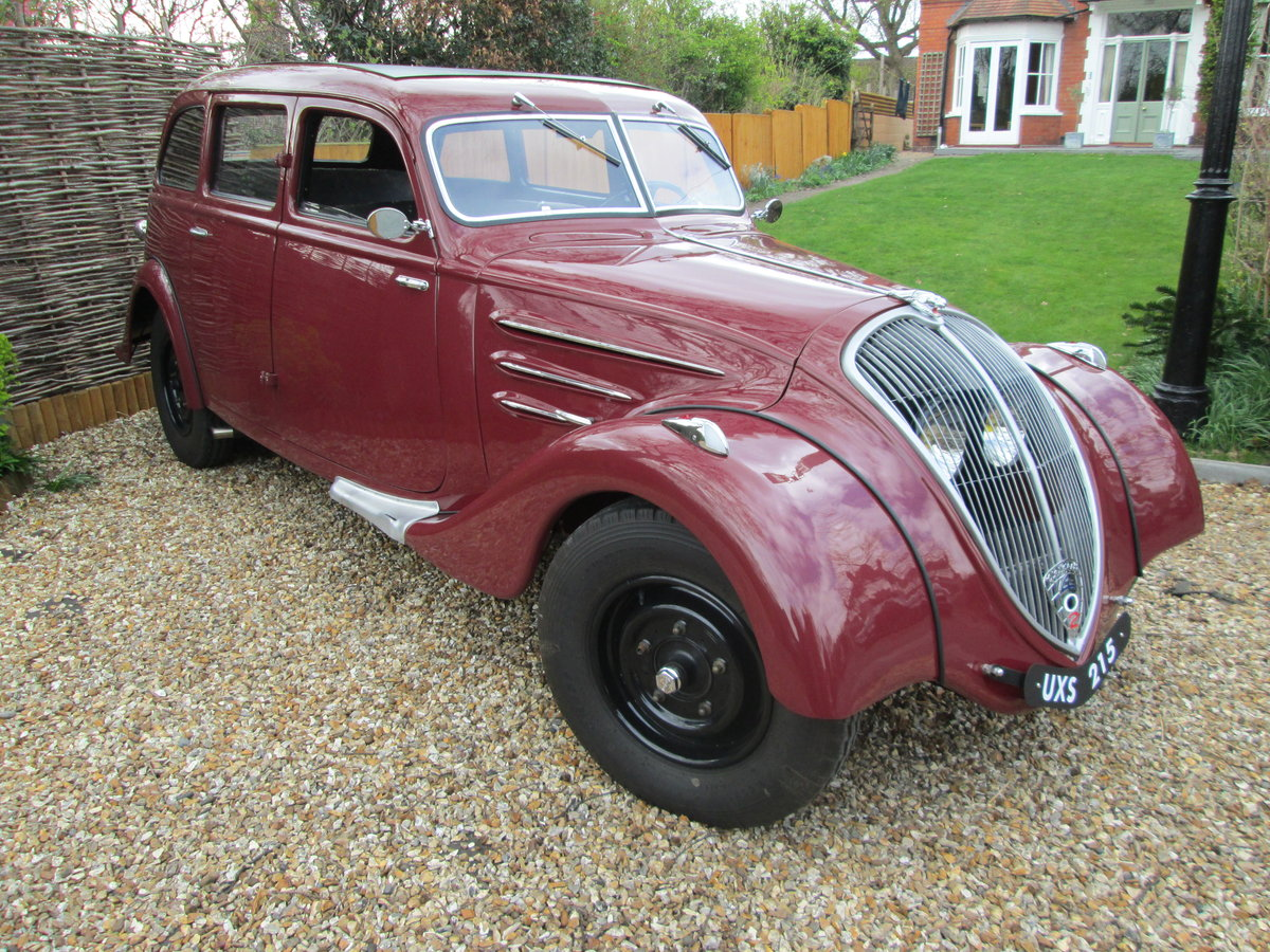 1935 PEUGEOT 402 For Sale (picture 1 of 6)