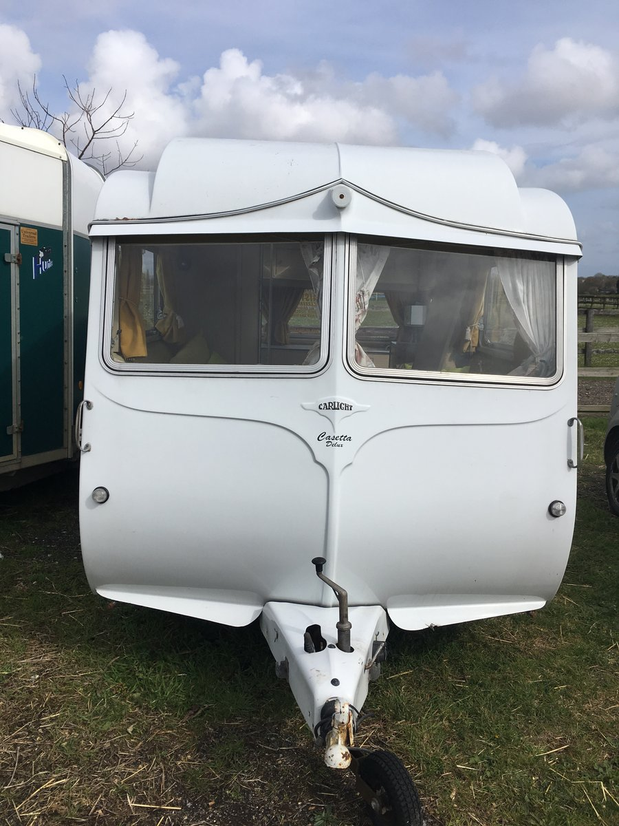 Carlight Vintage Caravan 1957 For Sale (picture 2 of 6)