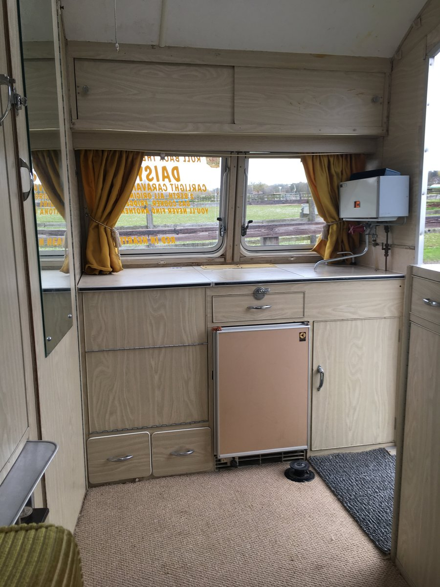 Carlight Vintage Caravan 1957 For Sale (picture 6 of 6)