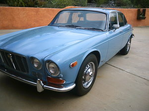 1973 Jaguar XJ6 305V8/700R4 SWB REDUCED!
