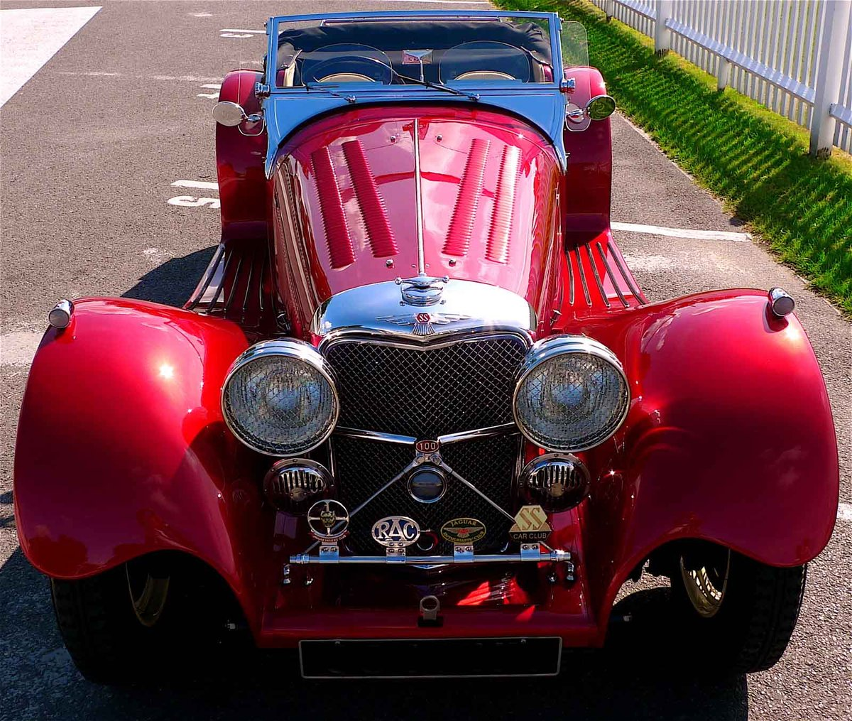 2002 Ruby Red Suffolk Jaguar SS100 Recreation For Sale (picture 6 of 6)