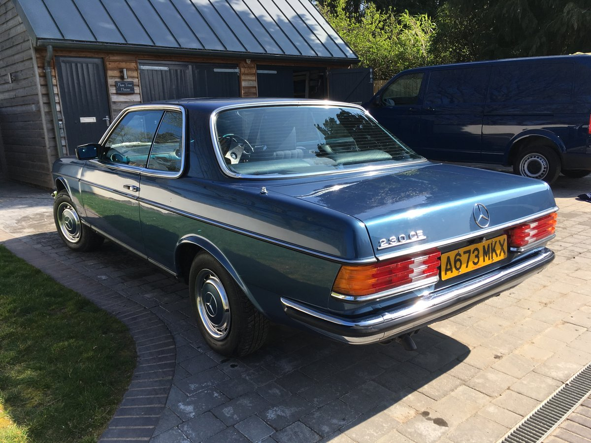1983 Mercedes-Benz 230 CE Auto W123 Pillarless Coupe For Sale (picture 2 of 6)