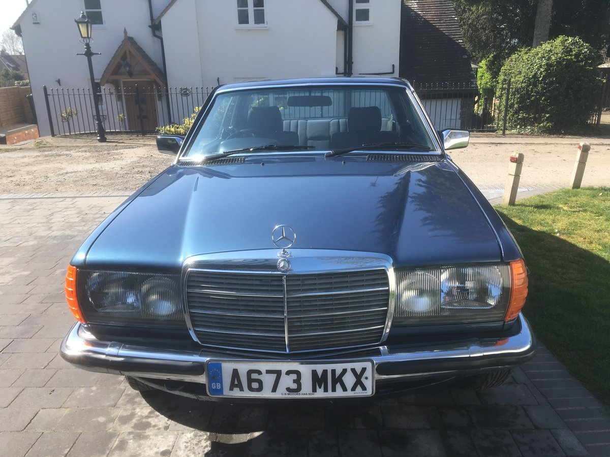 1983 Mercedes-Benz 230 CE Auto W123 Pillarless Coupe For Sale (picture 6 of 6)