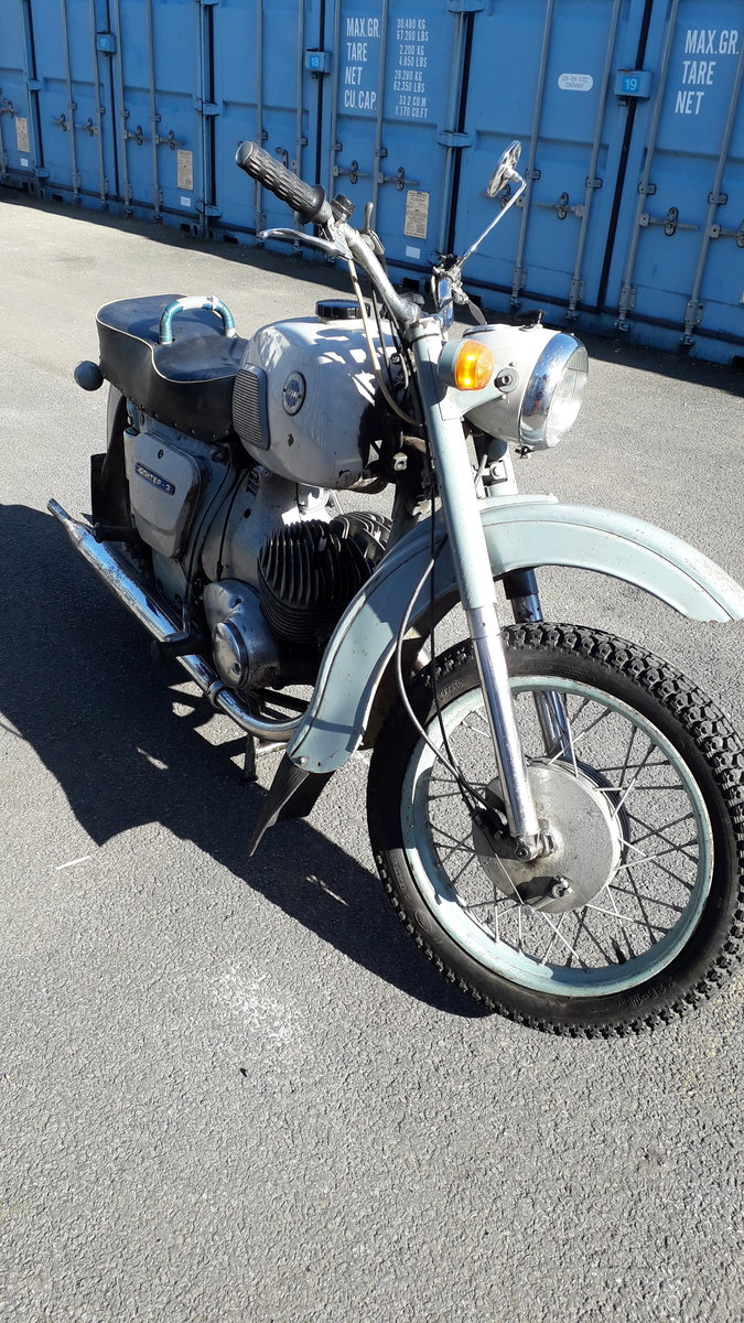 RUSSIAN 350cc twin 1975 For Sale (picture 4 of 6)