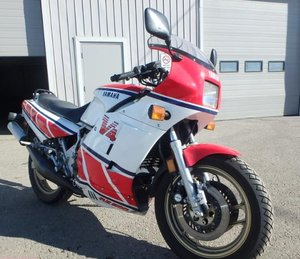 1985 Yamaha RZ500 (RD500LC) Canadian Bike-1 owner