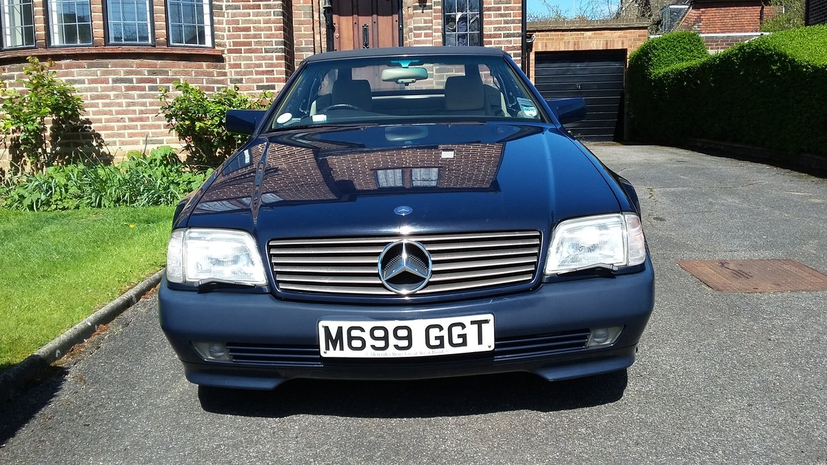 MERCEDES SL320 1995 54,000 miles SOLD (picture 1 of 6)