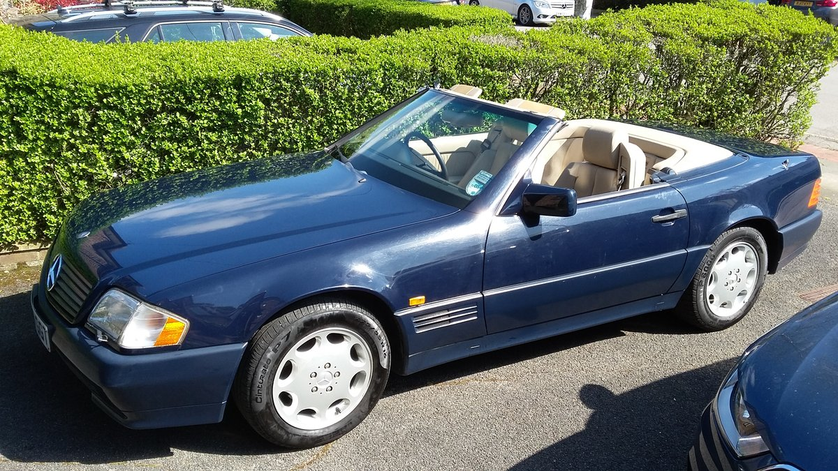 MERCEDES SL320 1995 54,000 miles SOLD (picture 4 of 6)