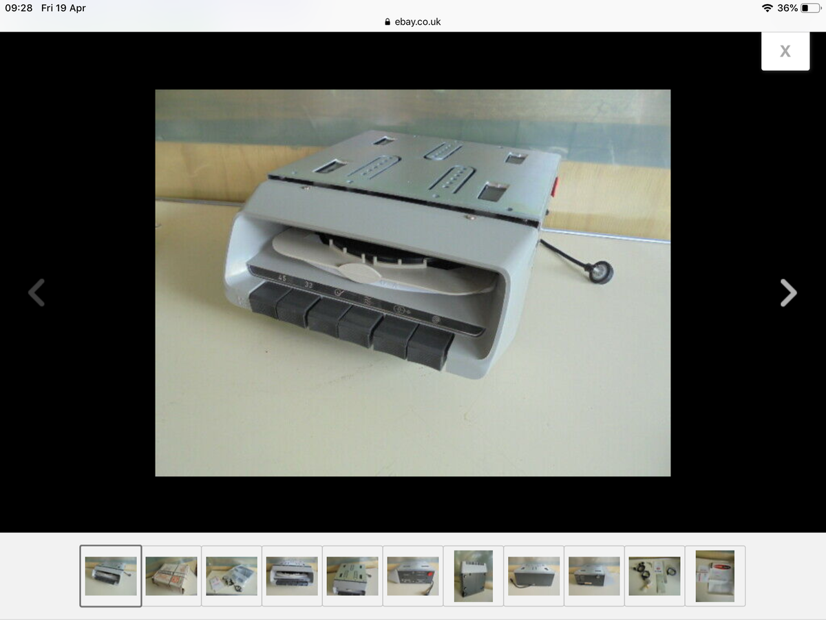Autovox car record player For Sale (picture 1 of 6)