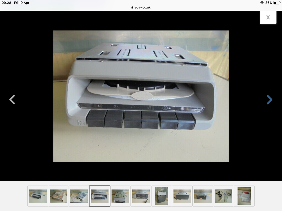 Autovox car record player For Sale (picture 5 of 6)