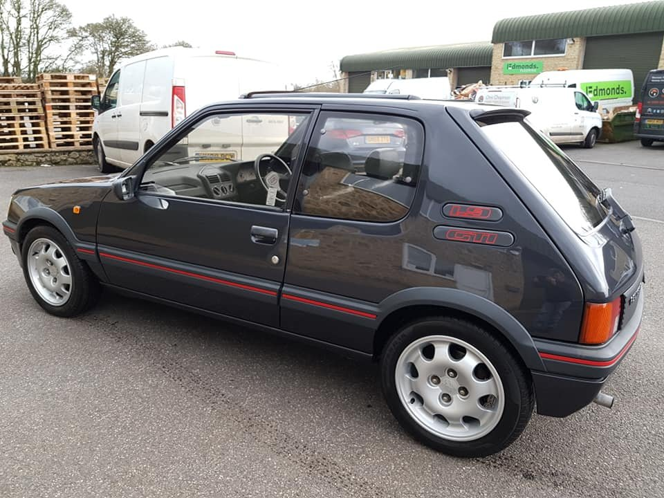 1989 Stunning Restored Peugeot 205 1.9 Gti For Sale (picture 4 of 6)