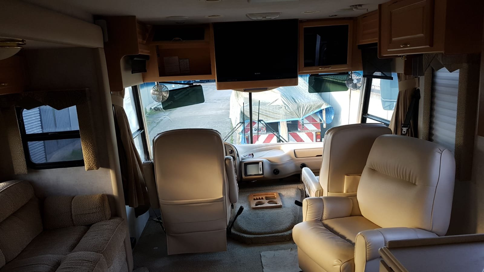 2005 seabreeze motorhome For Sale (picture 3 of 6)