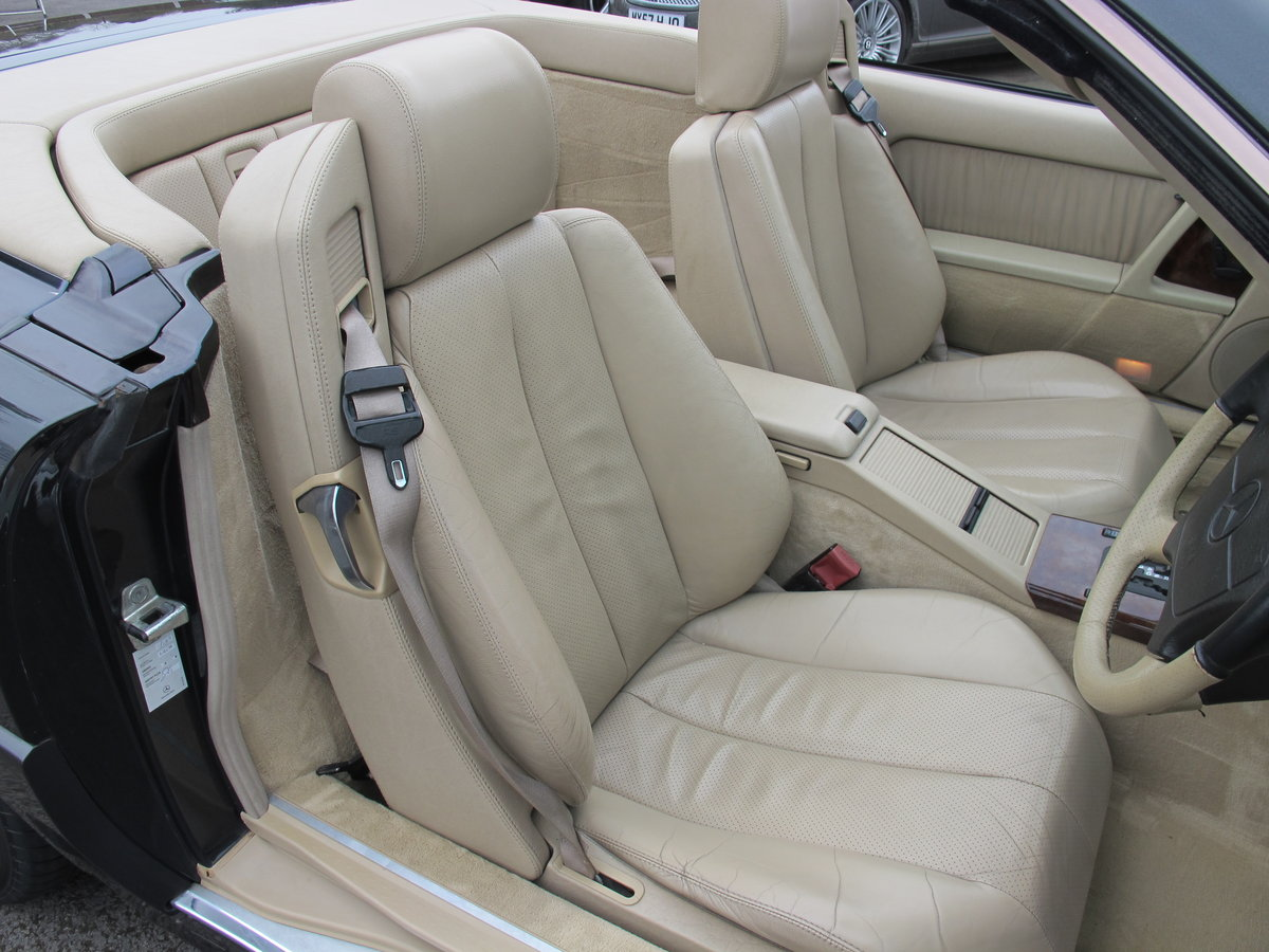 1994 Mercedes SL320....FABULOUS....56,000 Miles For Sale (picture 4 of 6)