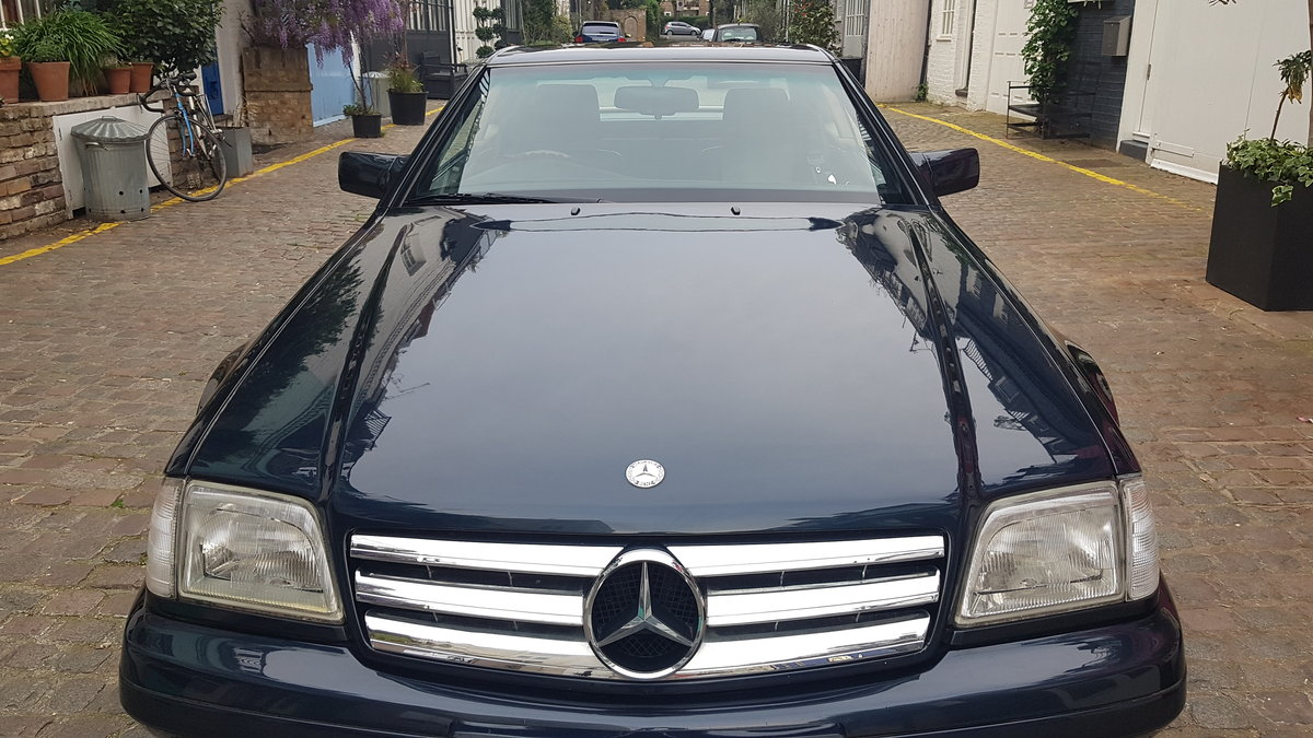 low milage 1998 R129 320 sl mercedes For Sale (picture 1 of 6)