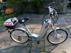 2000 Sakura Electric Cycle