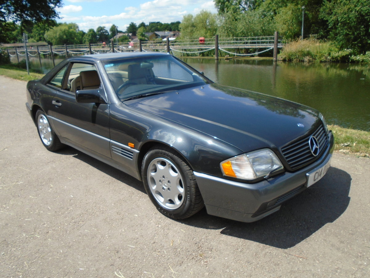 1995 Superb affordable 280 SL automatic For Sale (picture 1 of 6)