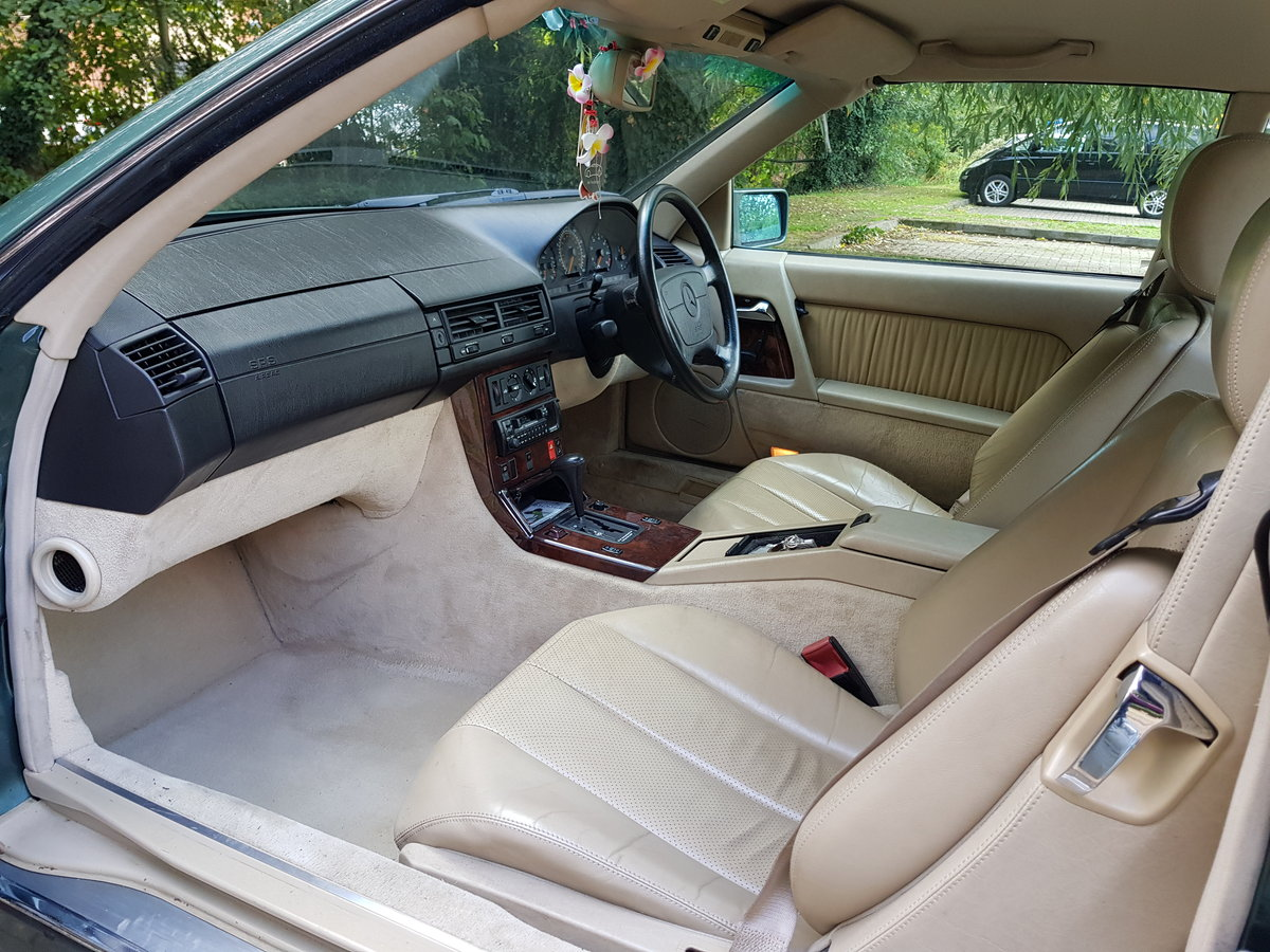 1994 Mercedes Benz SL320 For Sale (picture 3 of 6)