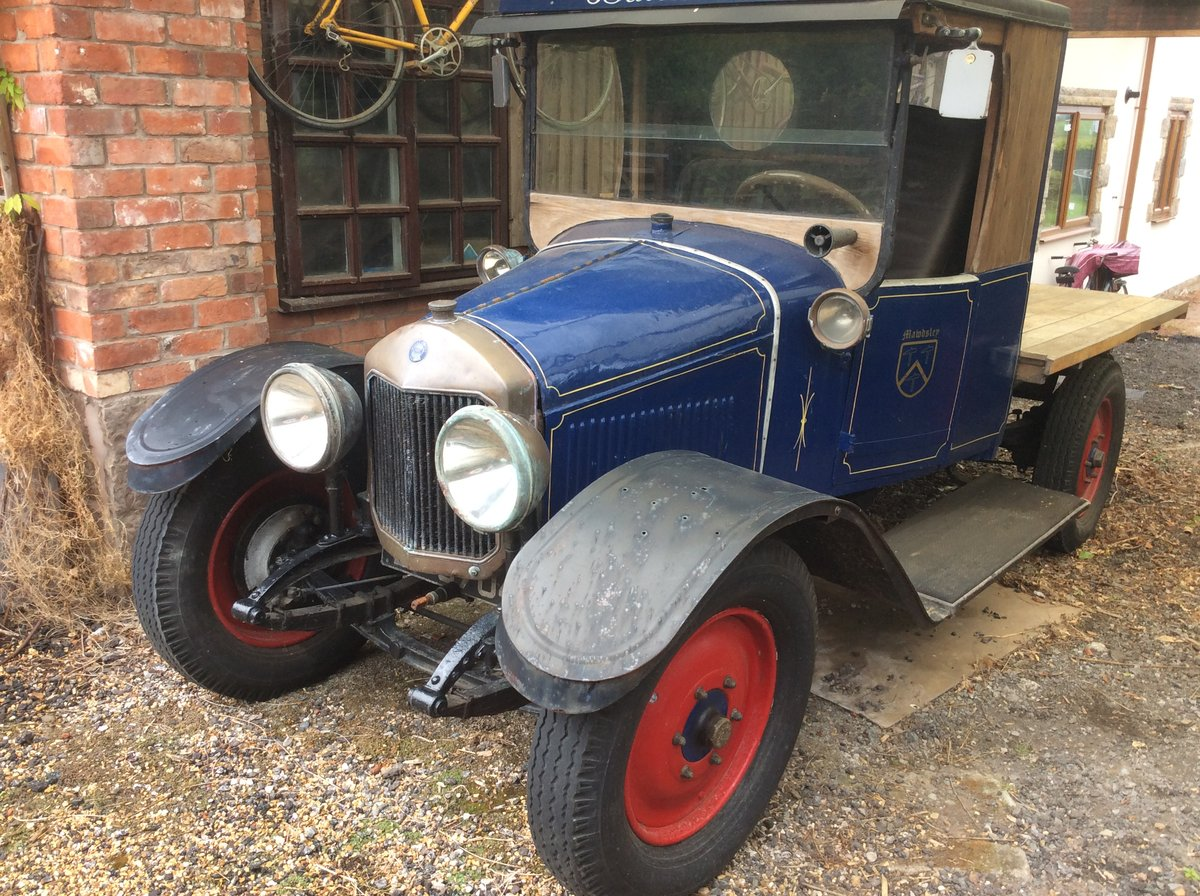 1924 Unic Advertising truck For Sale (picture 1 of 6)