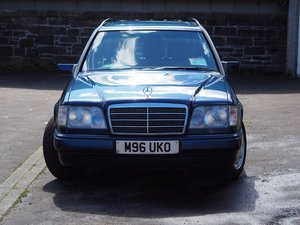 1994 W124 E280 TE with 7 seats For Sale