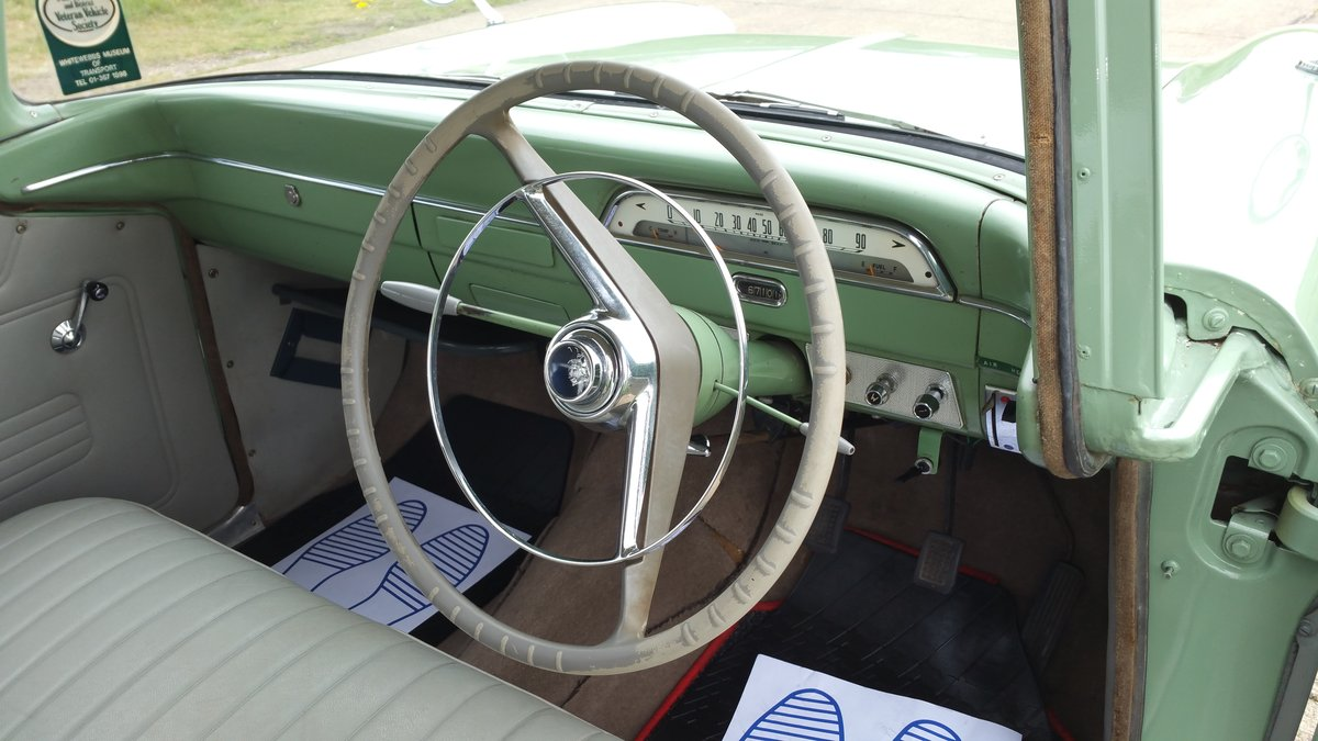 1960 STUNNING VAUXHALL VICTOR ESTATE. SOLD (picture 6 of 6)