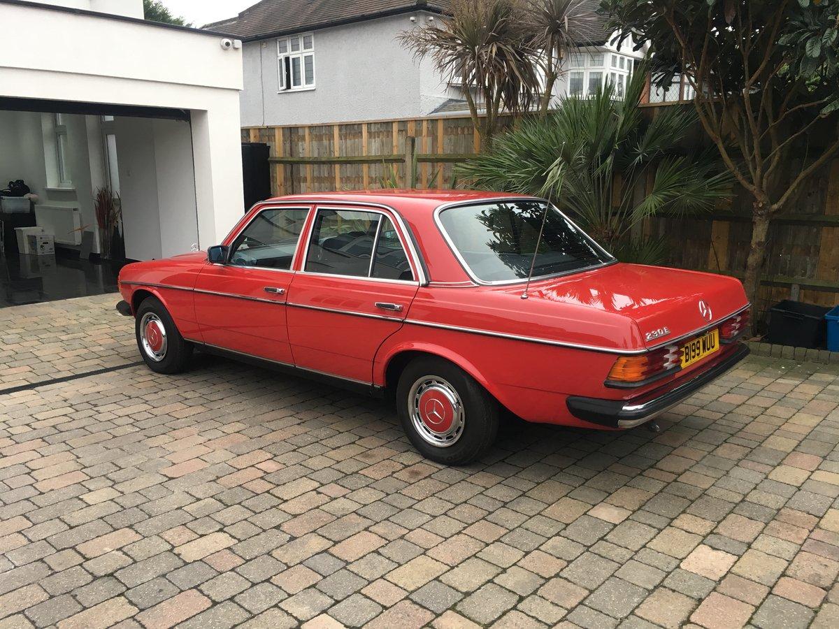 1984 Mercedes 230e w123 Auto For Sale (picture 4 of 6)